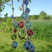 glass-balls-in-tree