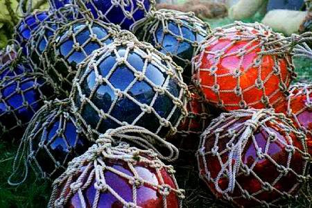 Glass Net Floats